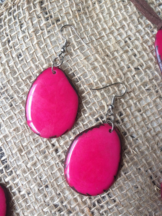 tagua nut hot pink layered necklace and earrings set