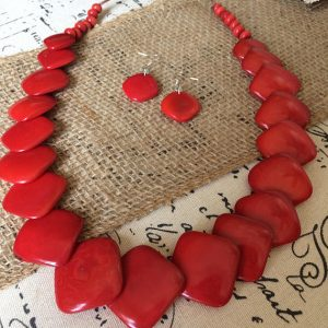 RED ECO FRIENDLY NECKLACE AND DANGLE EARRINGS SET