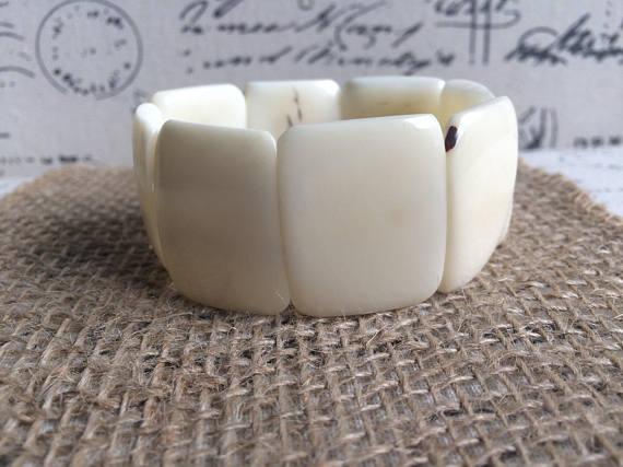 TAGUA NUT WHITE STATEMENT BRACELET