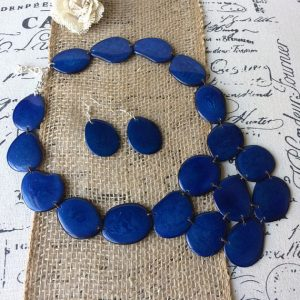 BLUE NECKLACE MADE OF ECO FRIENDLY TAGUA
