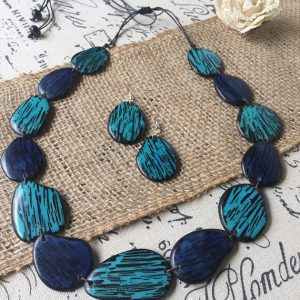 STATEMENT TURQUOISE AND BLUE BEADED NECKLACE AND DANGLE EARRINGS SET