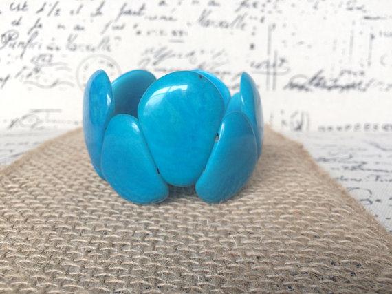 Turquoise-tagua-nut-bracelet