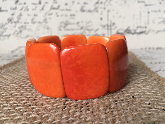 Orange handamde Tagua nut bracelet