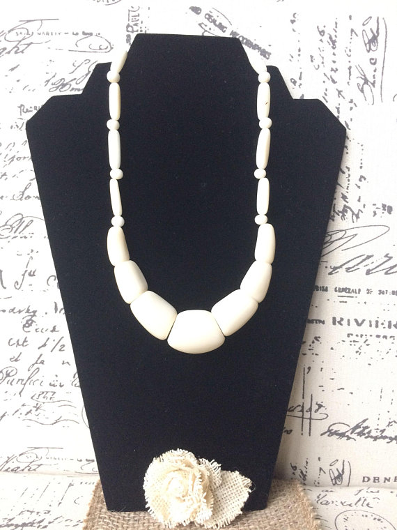Big white tagua necklace