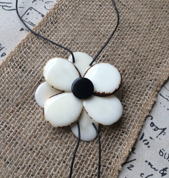 White flower tagua necklace