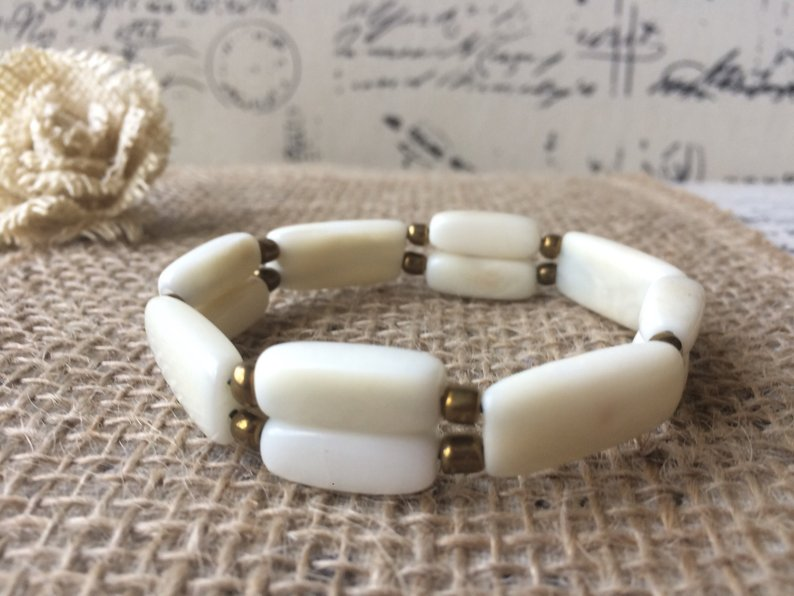White beaded tagua nut bracelet