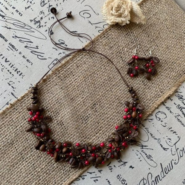 Coffee bean red acai necklace set