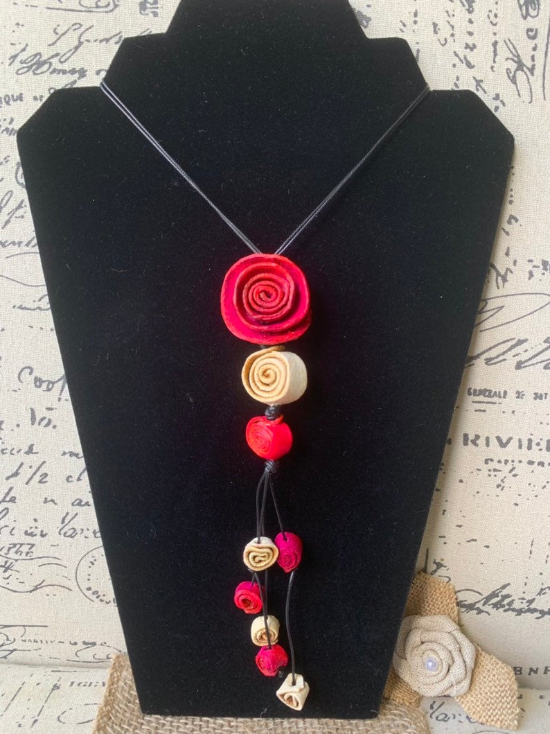 Red Roses Necklace with Acai Seed Beads